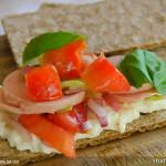 Wurstsalat zu Knäckebrot